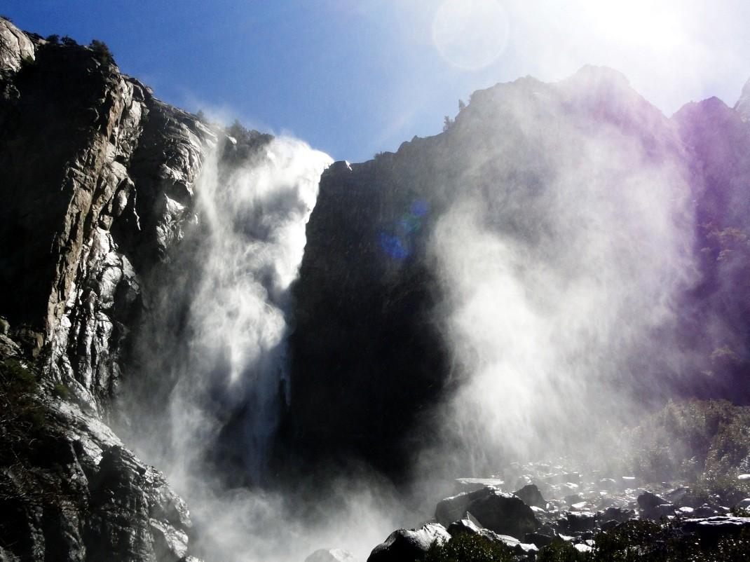 Wodospady w Yosemite