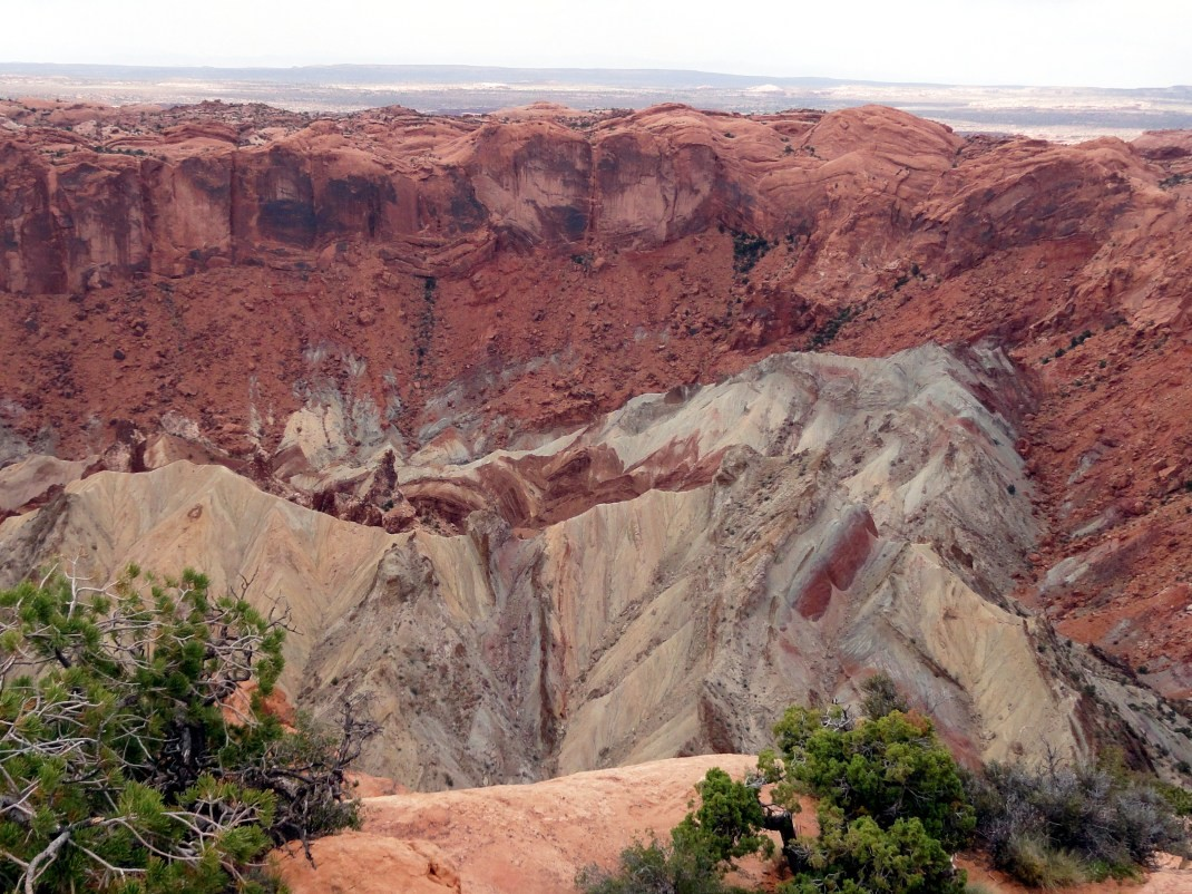 Upheaval Dome w Island in the Sky