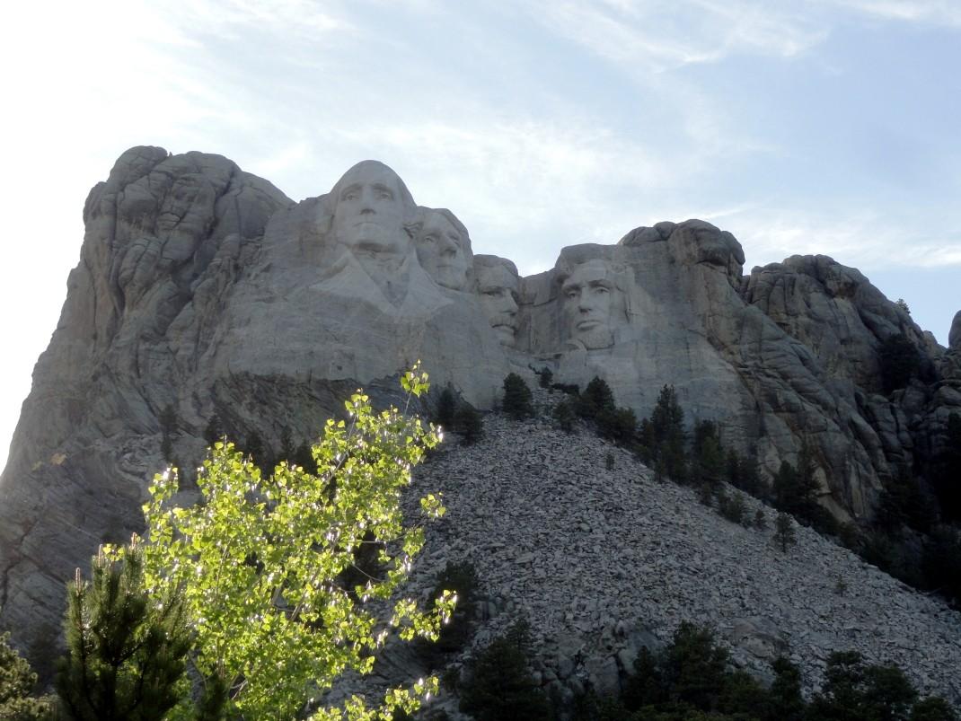 Mt. Rushmore. W cieniu prezydenckich głów
