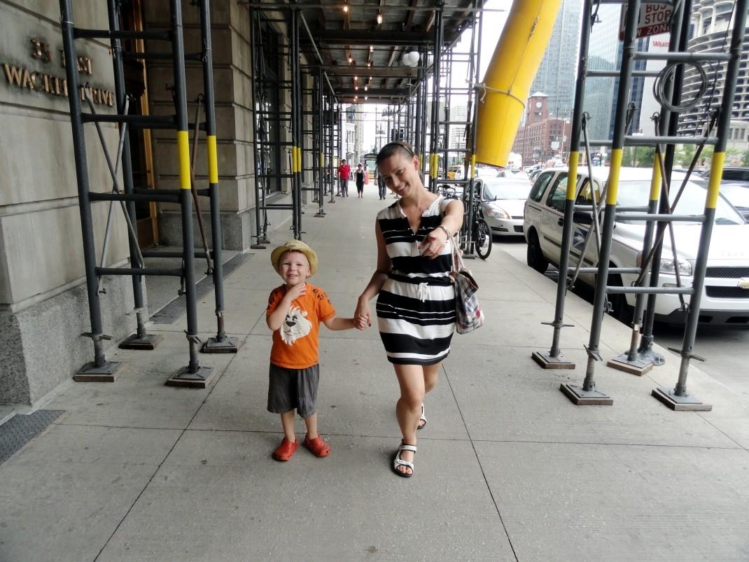 Maciek i ciocia Aneta w centrum Chicago