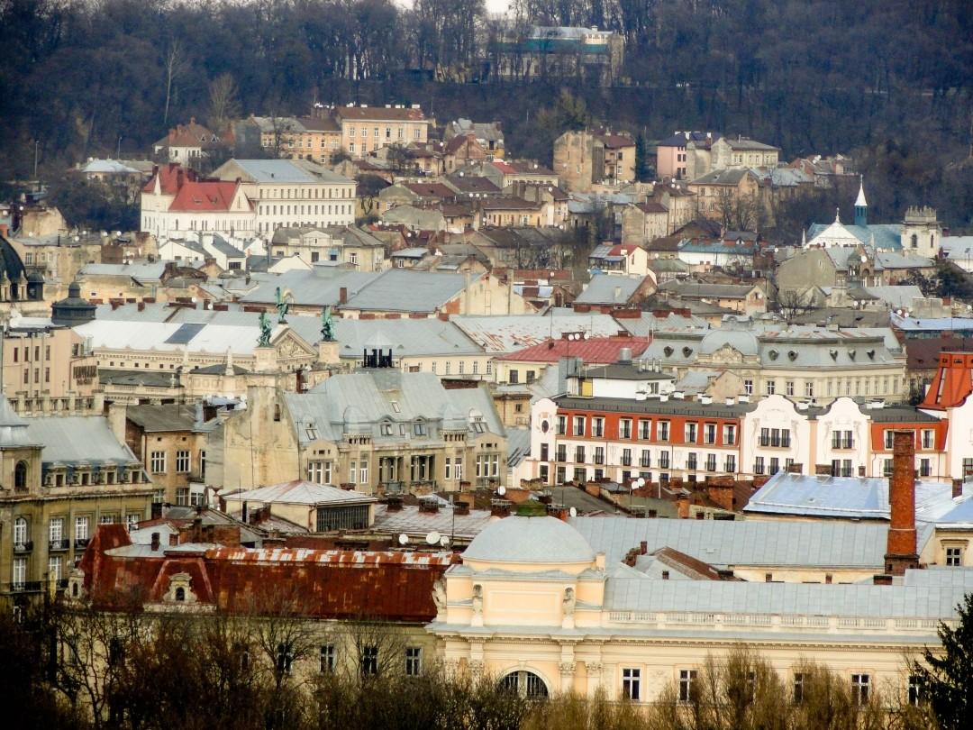 Lwów.. Polska blacha na dachach