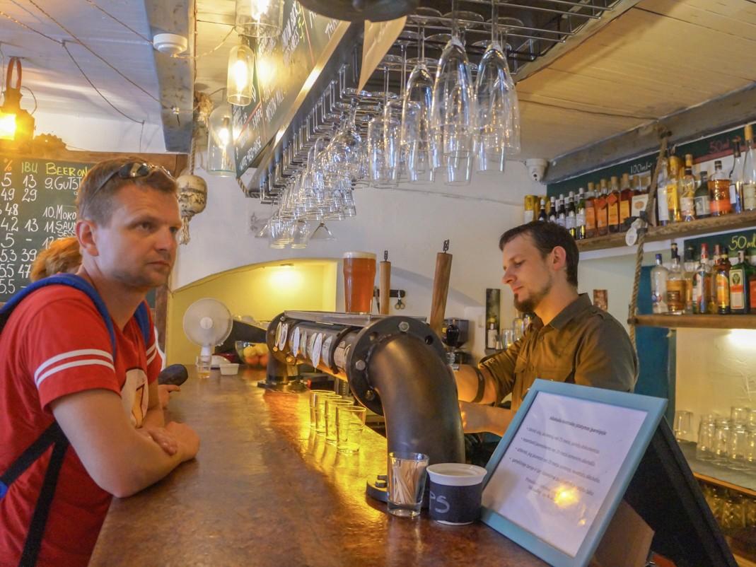 Saviciaus Spunka. Gdzie na piwo w Wilnie. Przewodnik po wileńskich barach