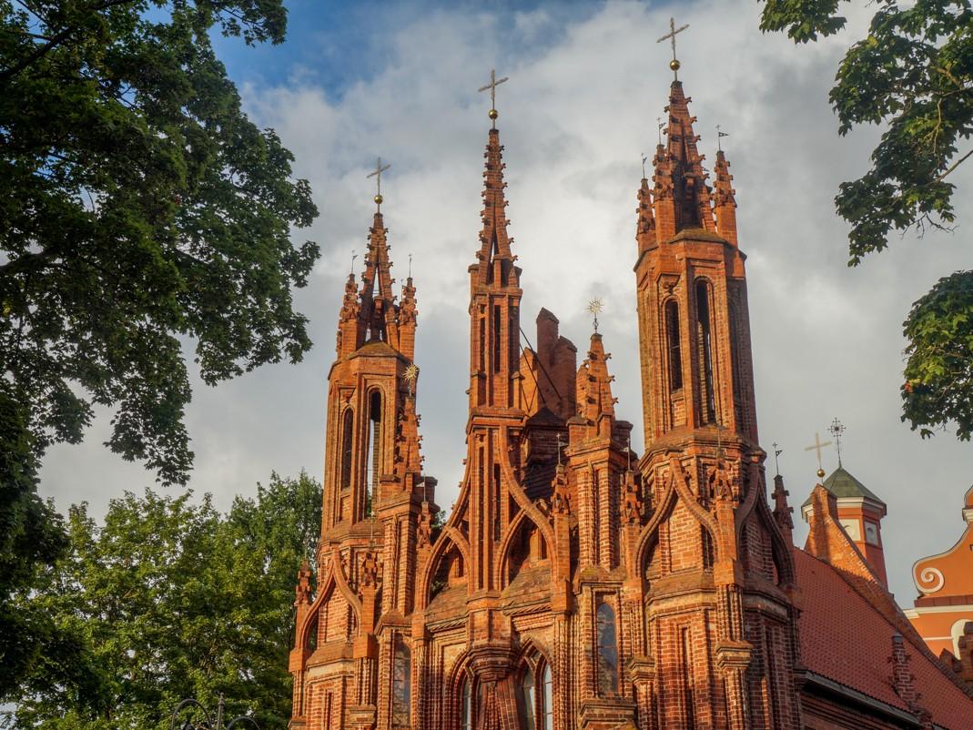 atrakcje wilna, co zobaczyć w wilnie, kościoły Wilna, Kościół św. Anny