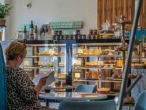Wnętrze manufaktury cukierniczej Selfier