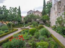 Ogród przy klasztorze św Wawrzyńca, Szybenik