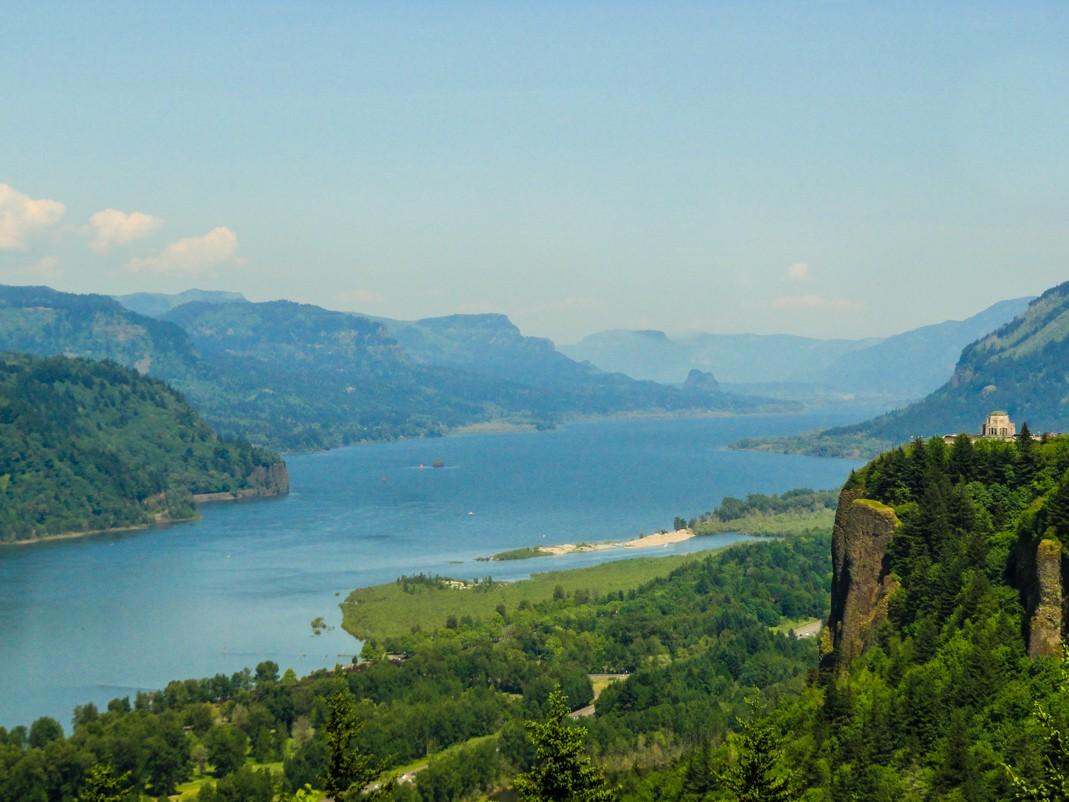 Atrakcje Oregonu. Przełom rzeki Kolumbia