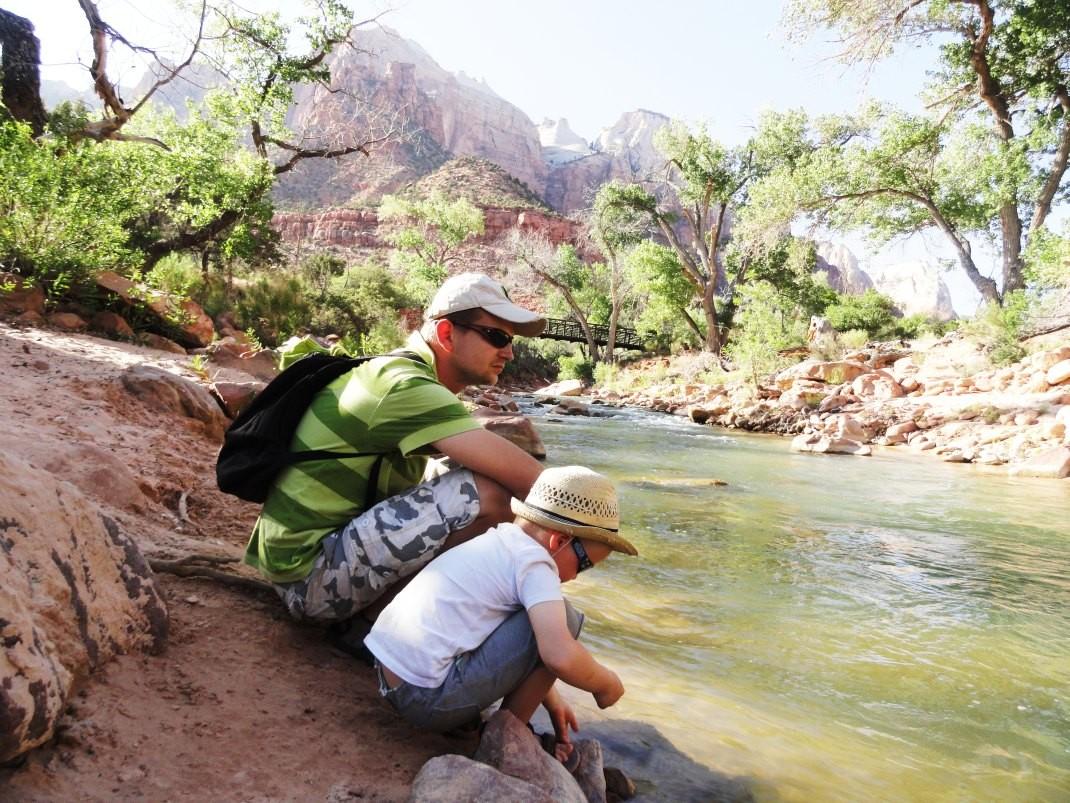W Zion nad rzeką