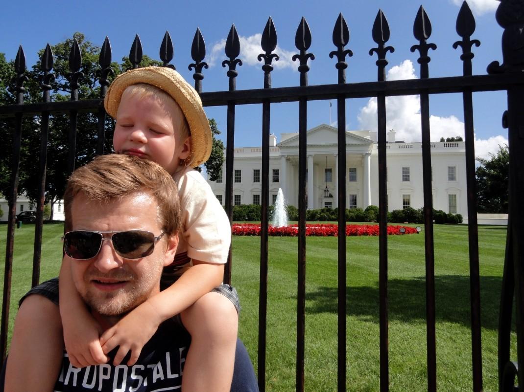 Obowiązkowa fota pod Białym Domem
