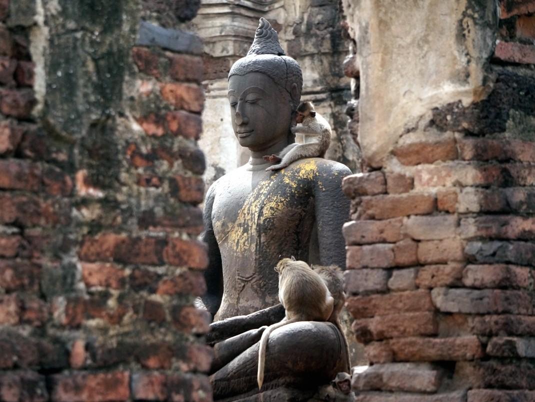 Zamieszkać w Tajlandii. Phra prang sam yot