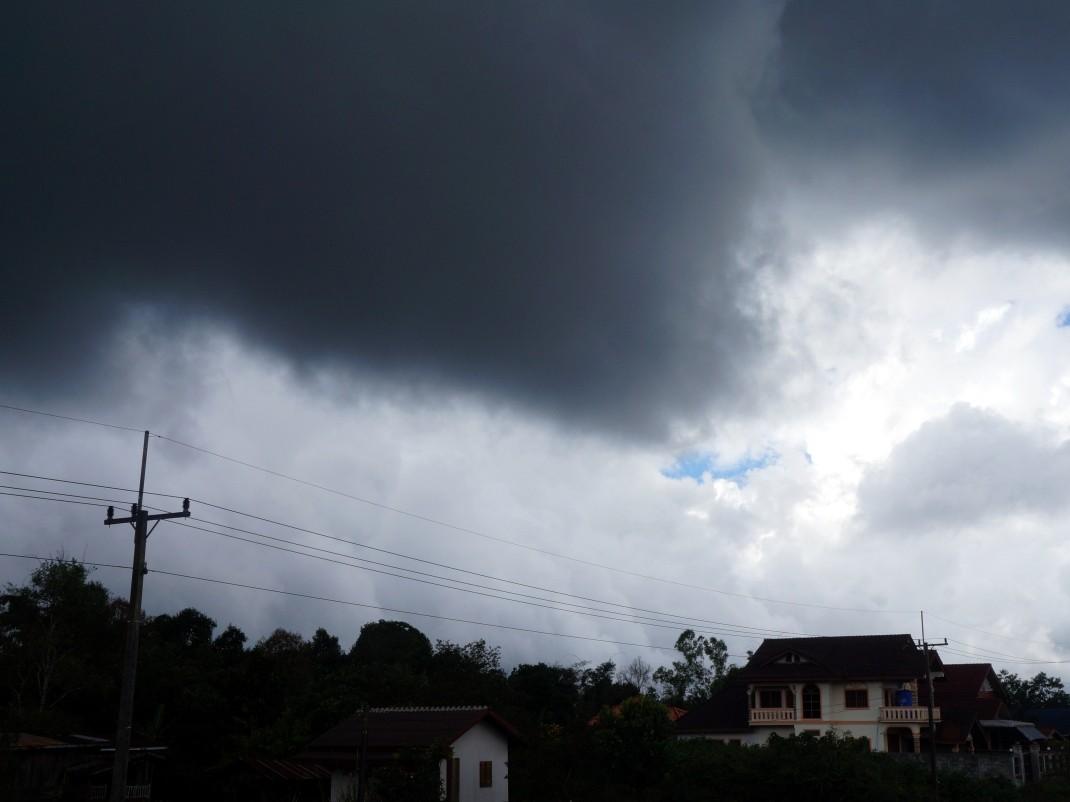 Chmury nad Płaskowyżem Bolaven