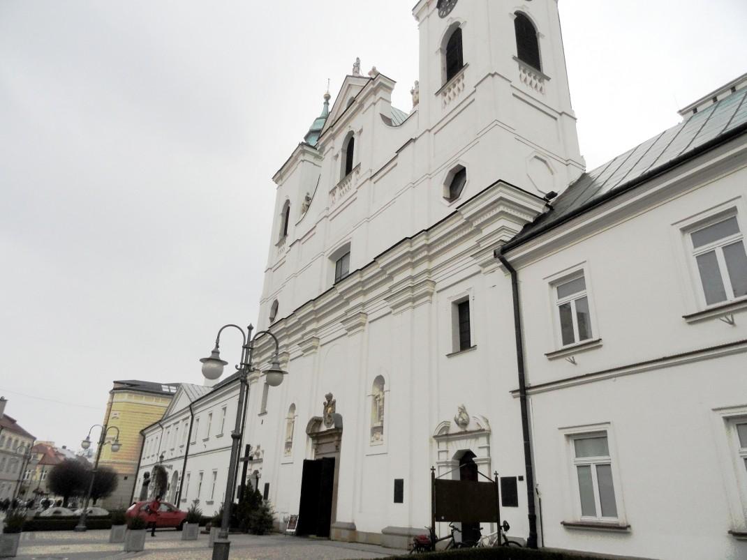 Spacer po Rzeszowie. Kościół pw. Świętego Krzyża