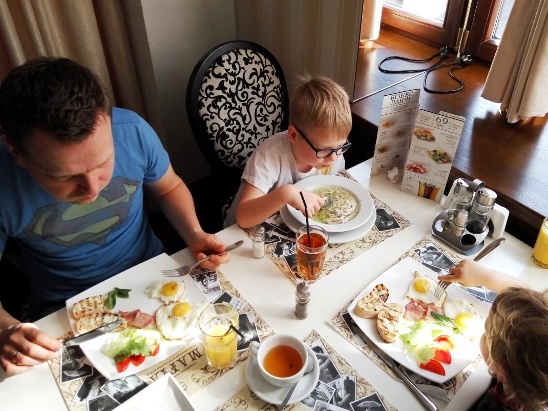 Śniadanie w Mafii