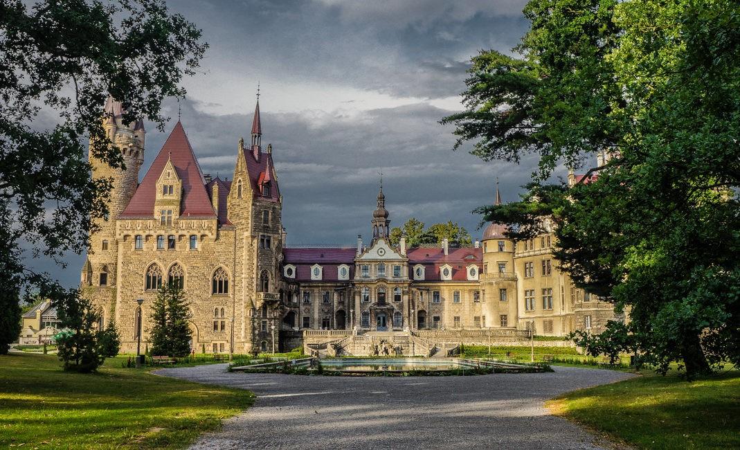 Zamek w Mosznej - bajka pod Opolem