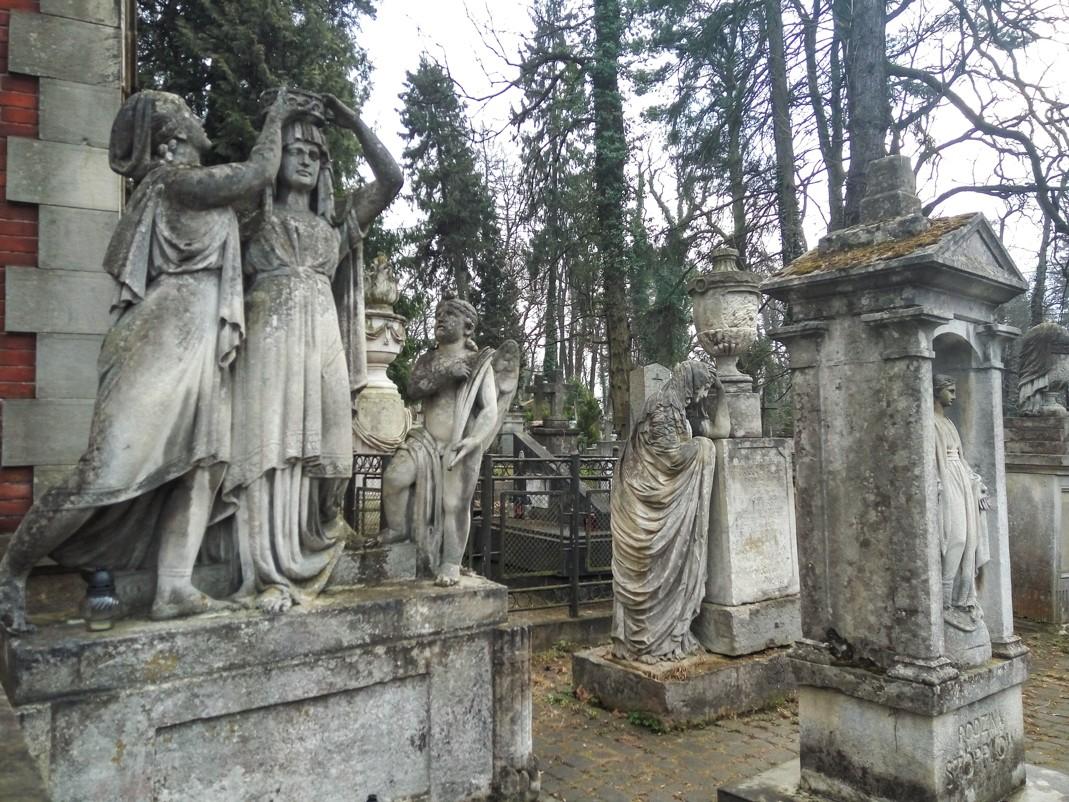 Nekropolie we Lwowie. Cmentarz Łyczakowski