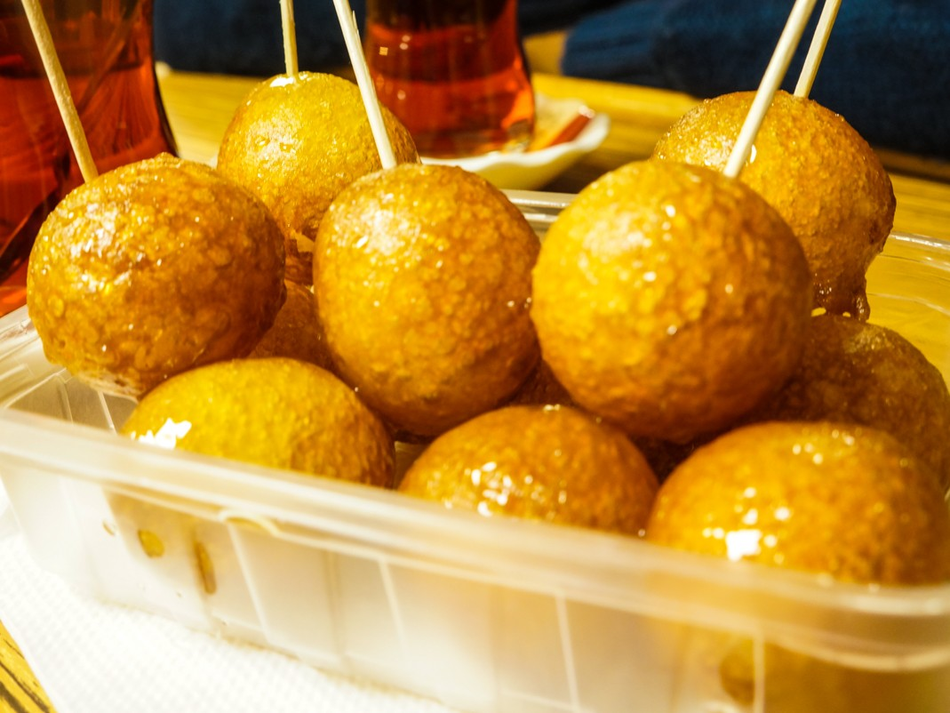 Lokma z Wysp Książęcych. Jedzenie w Stambule