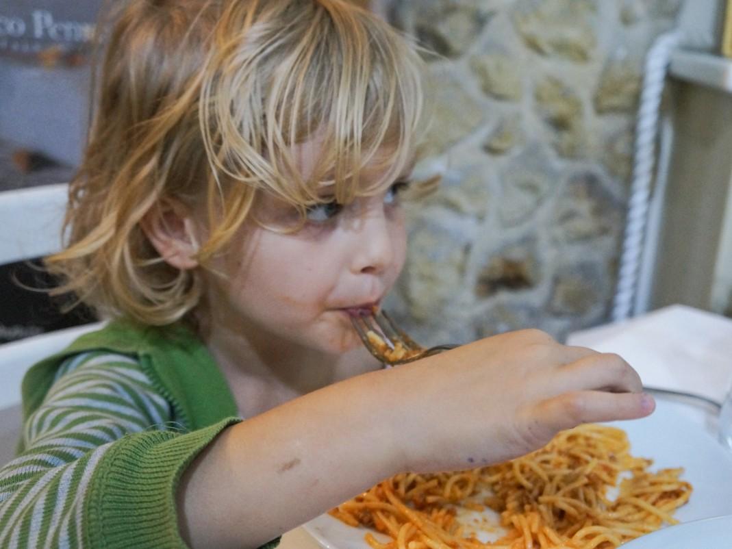 Kalabria. Wizyta w restauracji z dziećmi