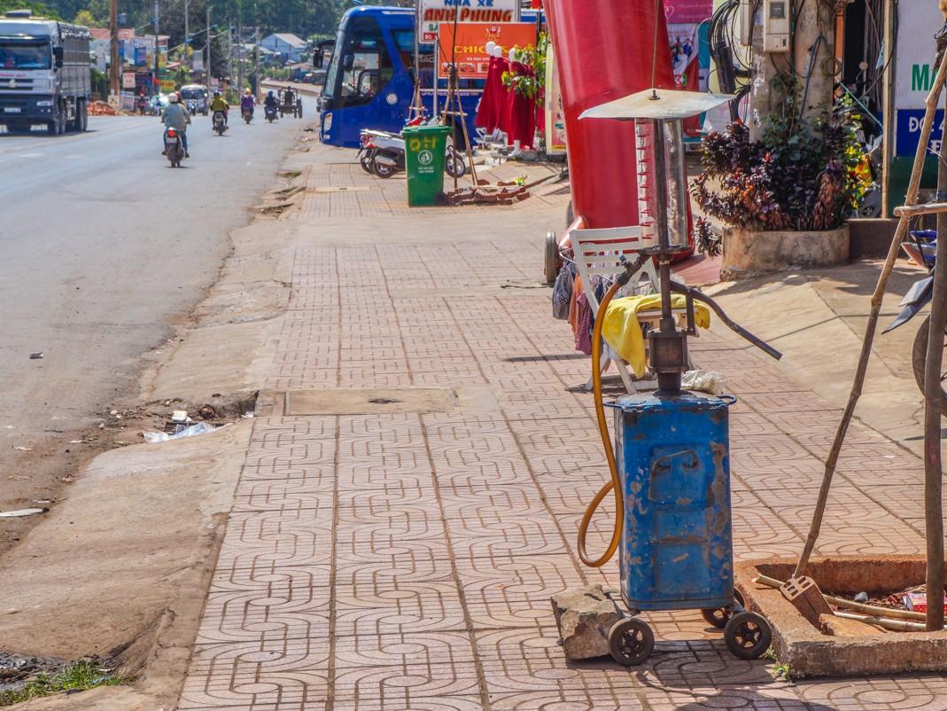 Wietnam skuter tankowanie