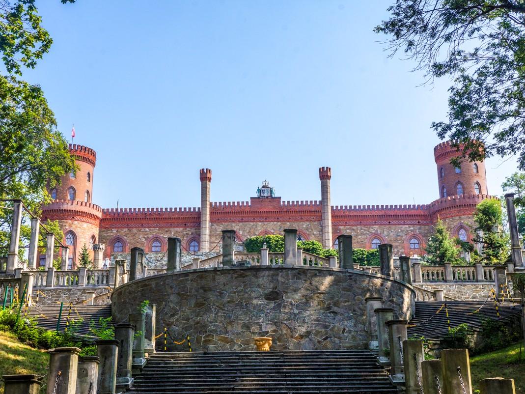 Kamieniec Ząbkowicki. Pałac Marianny Orańskiej. Widok z dolnych tarasów