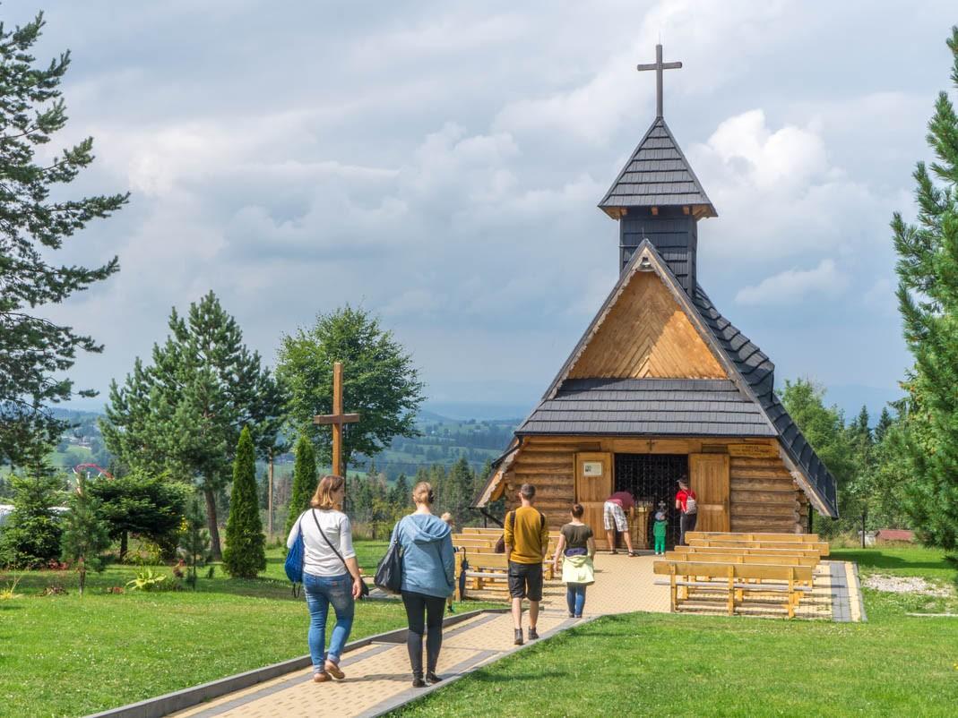 Gubałówka. kaplica pw. Matki Boskiej Różańcowej