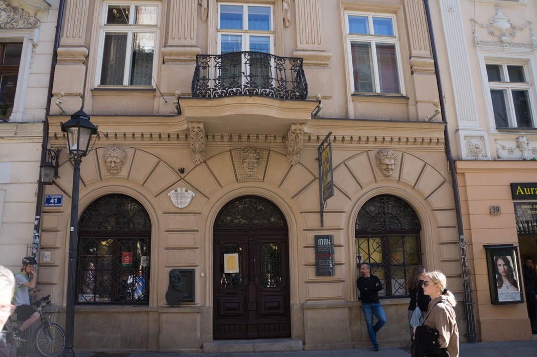 Spacer po Krakowie - dom pod czterema pyskami