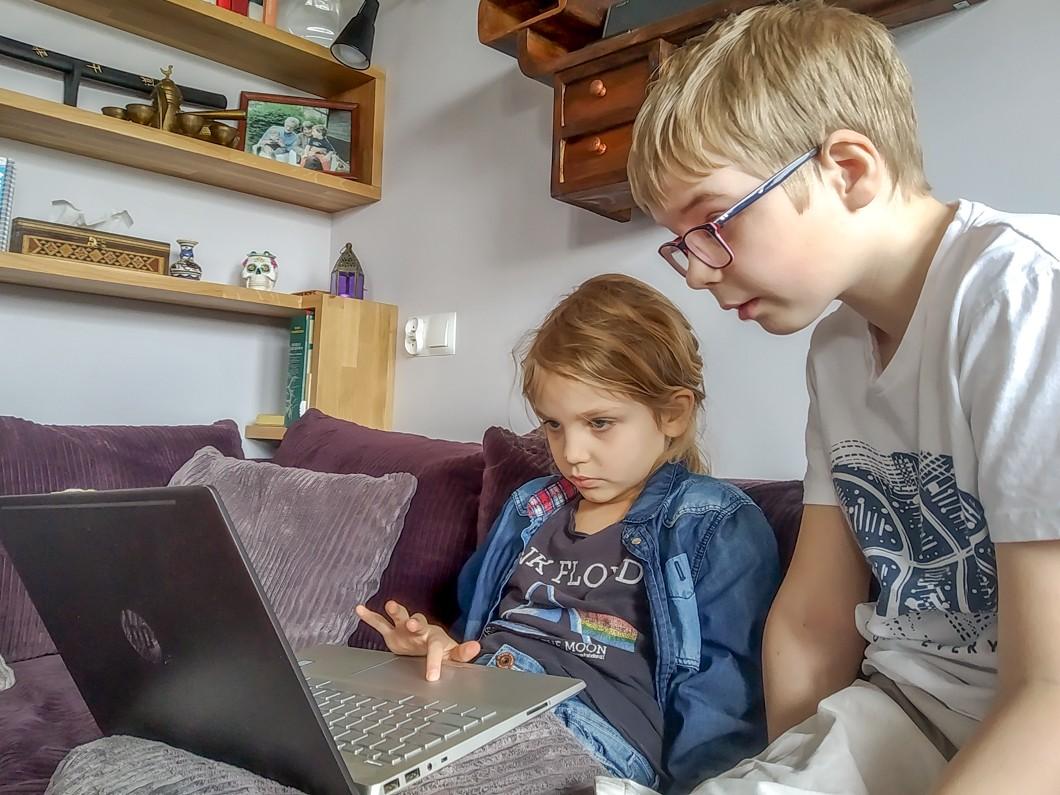 Zdalen nauczanie, czyli z laptopem w czasie pandemii