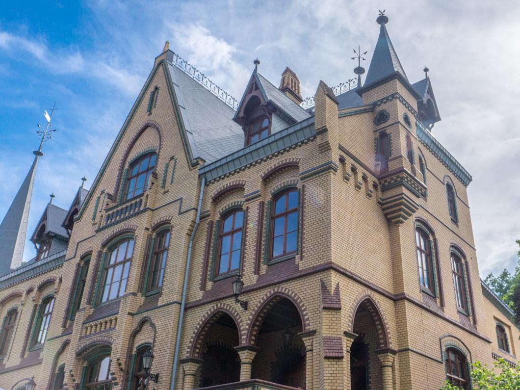Pałac w Większycach: dawny czar w pełnej krasie